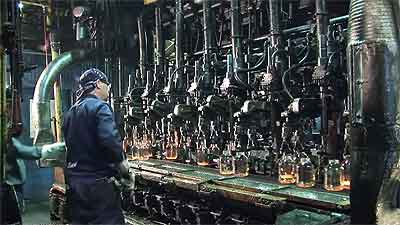 Bottle manufacturing plan video for Total Lubricants